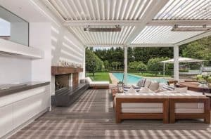 five reasons to add a deck - extra space