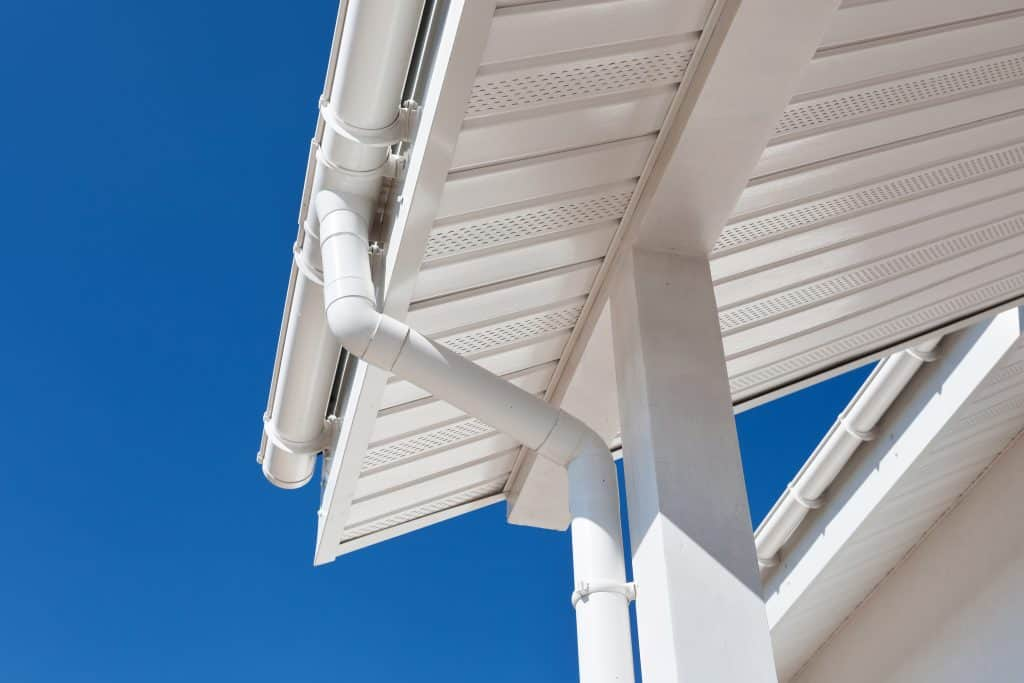 clean patio gutters