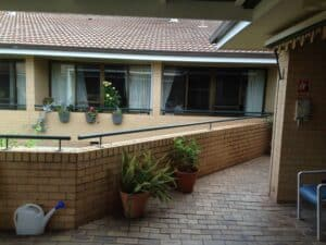 Ultimate Alfresco build of Patios, Decks / decking, Pergolas . Alfresco ideas for outdoor living spaces (incl. retractable roofs) servicing in Albury Wodonga, Wagga, Shepparton and surrounding areas in northern VIC