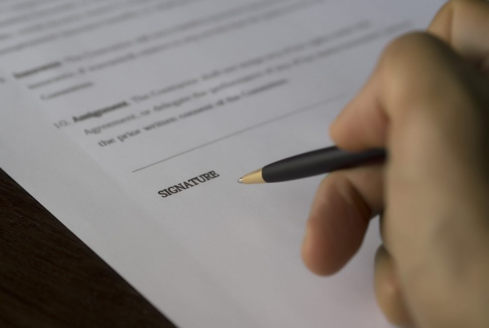 agreement-balance-blur-business-261664.jpg