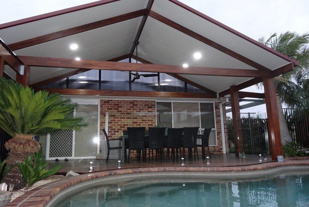 insulated_roof_panel_2_.jpg